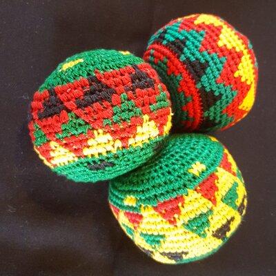 Juggling balls dark green