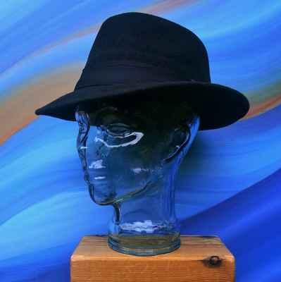 Fedora-black-hats
